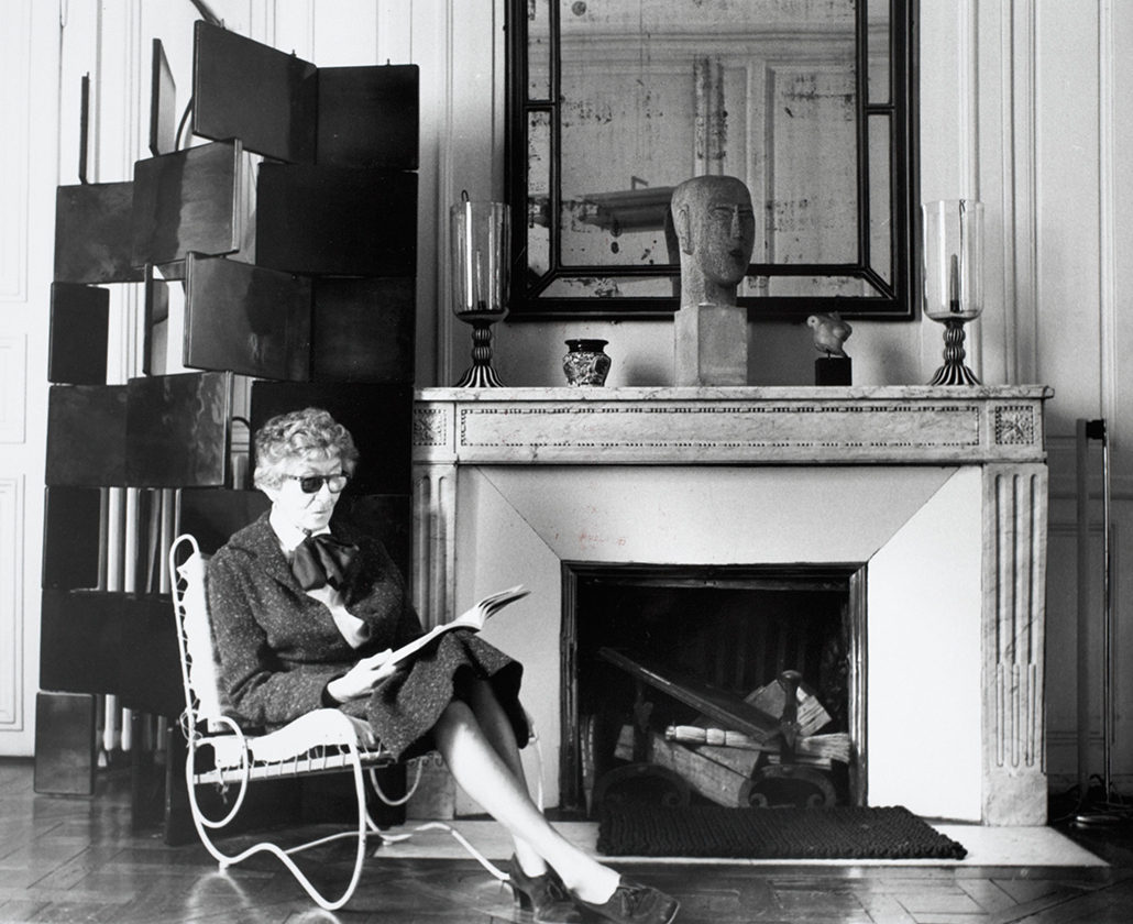 a life and works of eileen gray Eileen gray was born into an aristocratic irish family where she was to spend most of her life as well as making lacquer work herself, gray also hired.