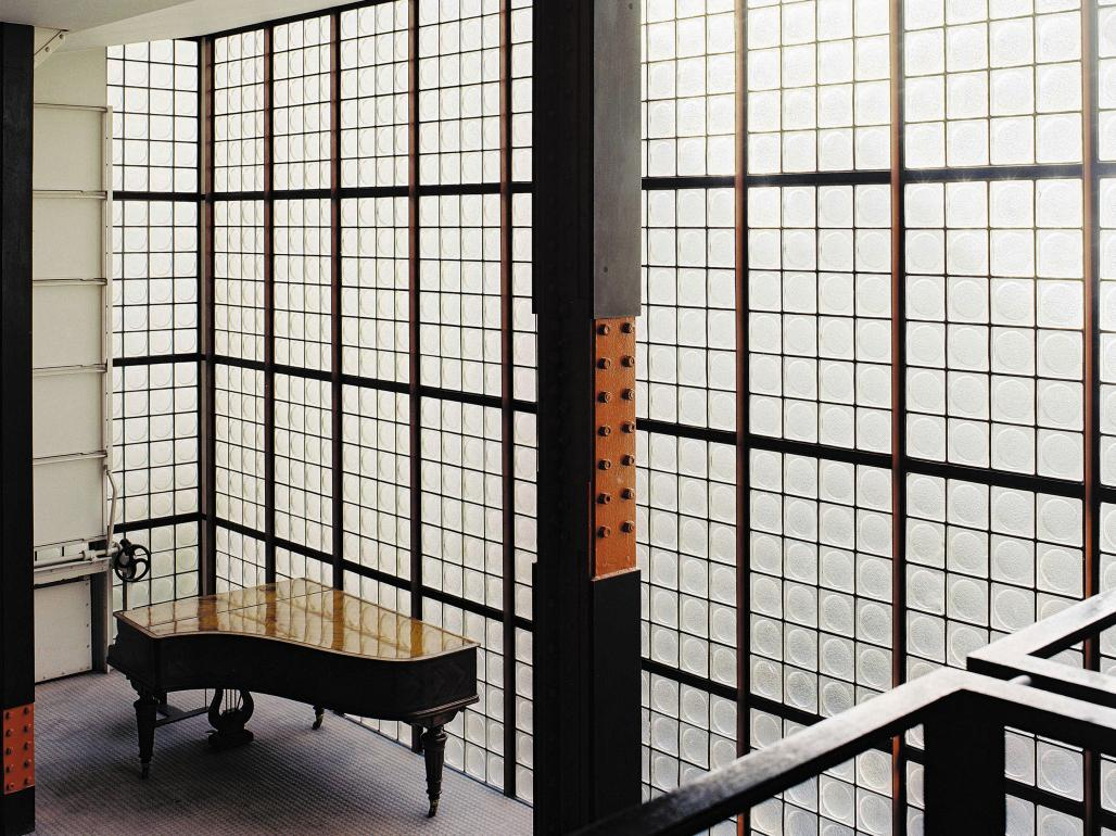 renzo piano on the maison de verre 1843. Black Bedroom Furniture Sets. Home Design Ideas