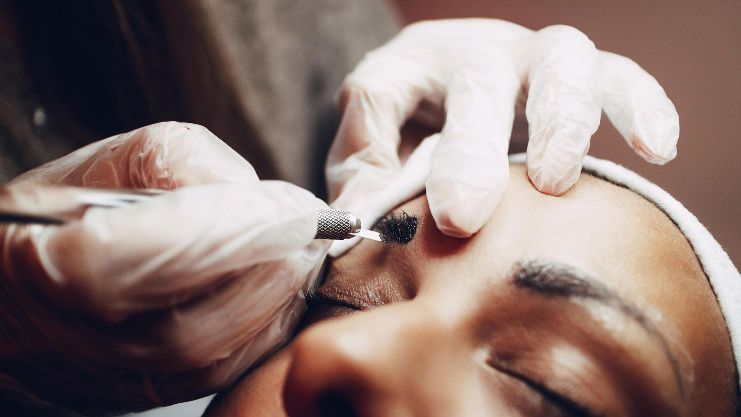Tattooed eyebrows? Microblading makes its mark